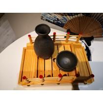 Bouteille à saké tokkuri bizen noire avec 2 tasses à saké